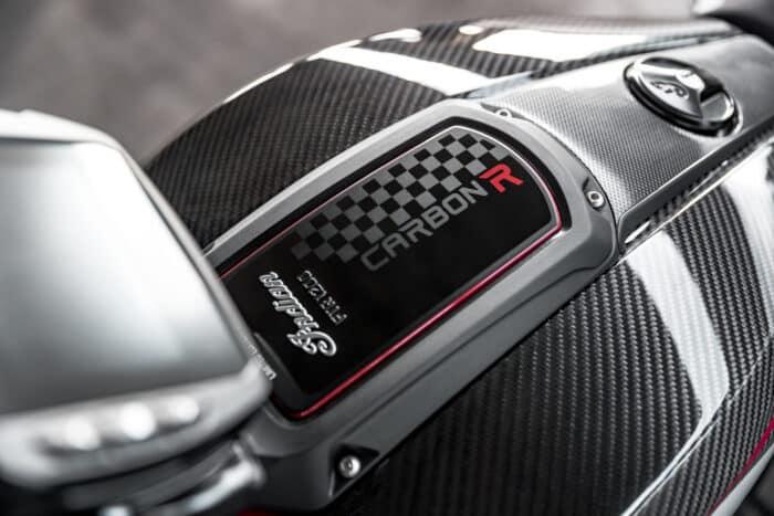 Indian FTR R Carbon, exclusividad con estilo