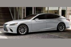 Lexus anuncia llegada esta semana