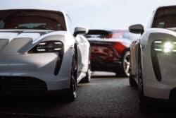 Porsche rompe récord de ventas